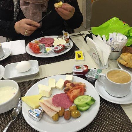 Historia Hotel : Olimpyat otelin yemekleri mukemmel👍🏼