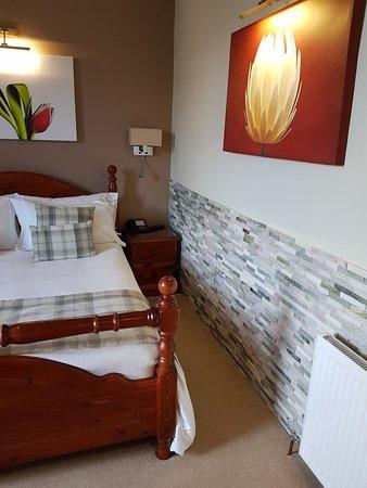 Ardlui Hotel: 20180309_165946_large.jpg