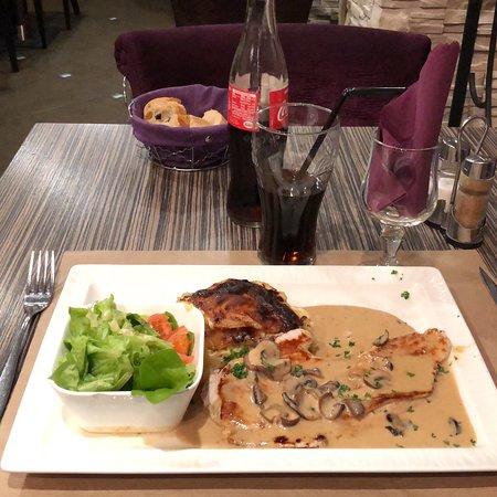 Le Cardinal Brasserie Bar