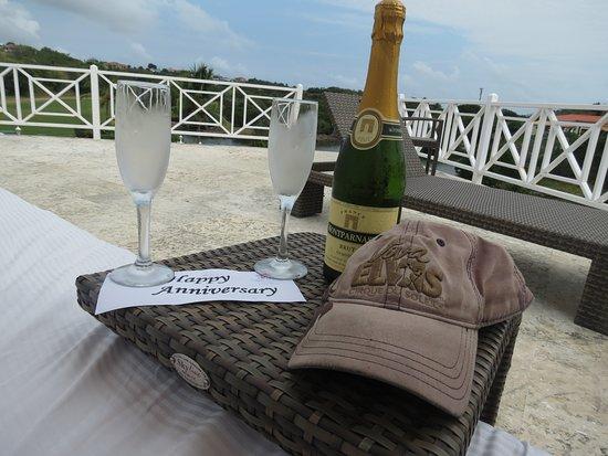Grenadian by Rex Resorts : Cadeau de l'hôtel pour célébrer notre anniversaire de mariage