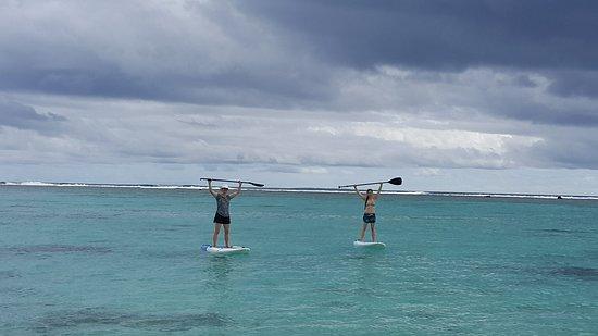 Пляж Ароа, Острова Кука: SUP ladies