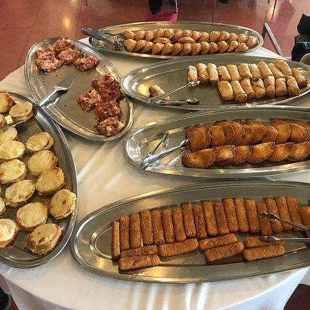 Restaurante layon en granollers con cocina mediterr nea - Wok 4 cocinas granollers ...