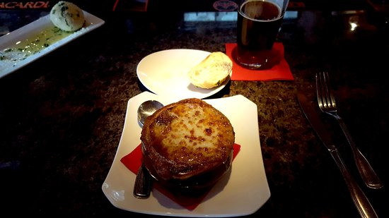 Simsbury, CT: French Onion Soup