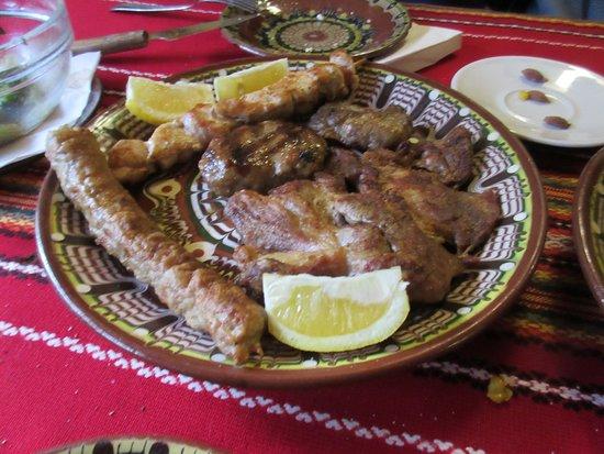 Shiroka Laka, Bulgaria: mixed grill