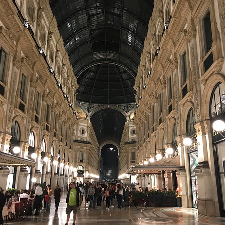 Viktor-Emanuel-Galerie (Galleria Vittorio Emanuele II): photo4.jpg