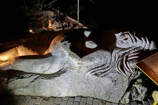 Hot Springs (Aguas Calientes): Барельефы