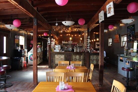 Lanesboro, Миннесота: Specialty coffee, local & international wines, & craft beers!
