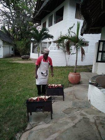 Tiwi, Кения: Langoustes au barbecue