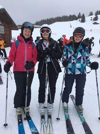 SnowLimits Ski School : IMG-20180306-WA0001_large.jpg