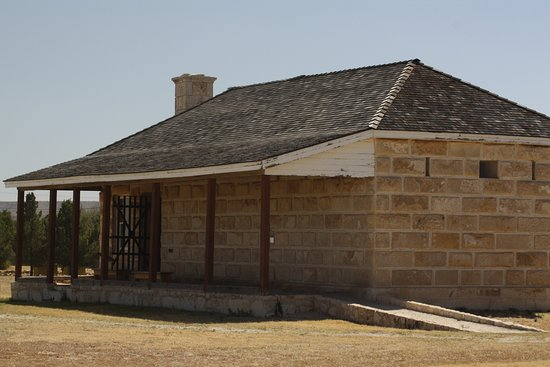 Fort Stockton, TX: The visitor's center at the fort