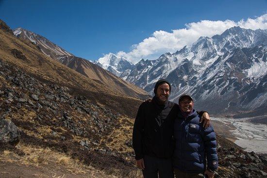 Mountain Eco Treks & Expedition: Kyanjin Gompa