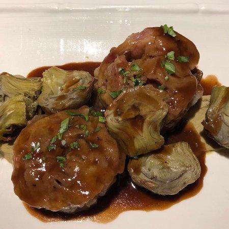 Cal Music Taverna: Timbal de peu de porc amb escarxofes