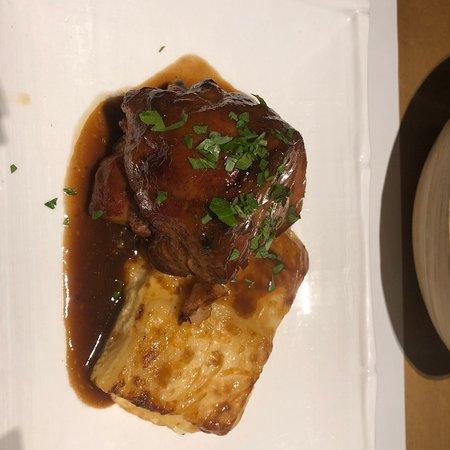 Cal Music Taverna: Desossat de xai amb patata duphinoise