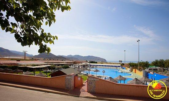 Isla Plana, Spanien: Complejo dispone de cafetería en horario de piscina.