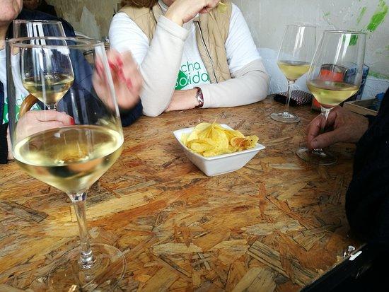 Galapagar, Spanyol: Degustar un vino.