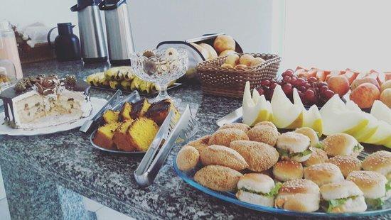 Minacu, GO: Café da Manhã