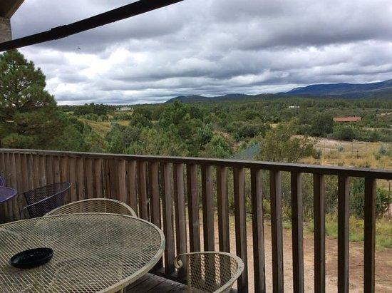Timberon, NM: Beautiful back deck views