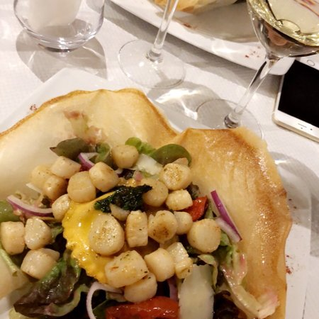 La tablee medievale cremieu tripadvisor for Restaurant cremieu