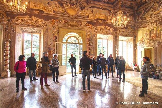 Filattiera, إيطاليا: Visite guidate a Villa Dosi Delfini