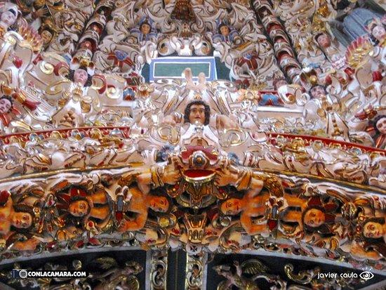 Santa Maria Tonantzintla, México: Por dentro..