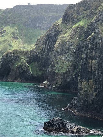 Ballintoy, UK: At the rope bridge. Every view is gorgeous!