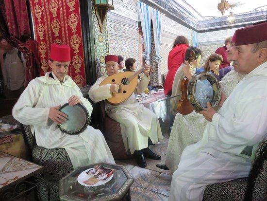 Andalsur Excursiones : Live Band