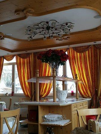Hotel Stella delle Alpi: IMG_20180305_093126_large.jpg
