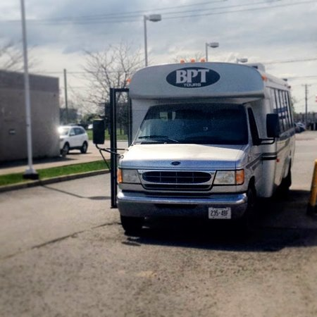 St. Catharines, Canada: Our comfortable, luxury limo bus awaits your booking!