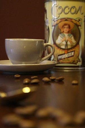 Alsemberg, Belgium: Koffie verse bonen