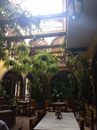 Hotel Mansion Virreyes: TA_IMG_20180311_164922_large.jpg