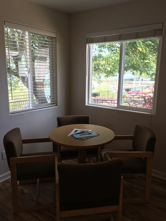 Clearlake, CA: Views from the eating area in Cottage #26.