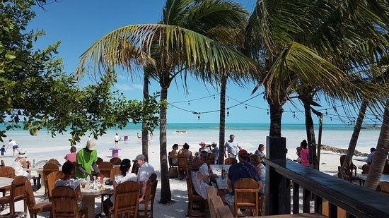 Five Cays Settlement, Providenciales: dining again