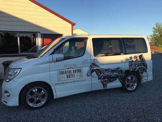 Kumara, New Zealand: The hotel courtesy bus.