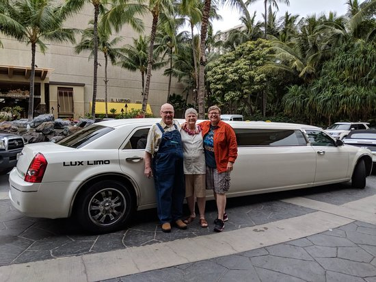 ‪LUX LIMO Hawaii‬