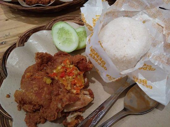 Geprek Bensu Bsd South Tangerang Restaurant Reviews Photos