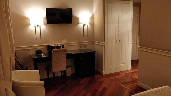 Victoria Hotel Letterario: IMG_20180307_191144_large.jpg