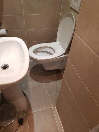 Hotel Boronali: TA_IMG_20180312_092254_large.jpg