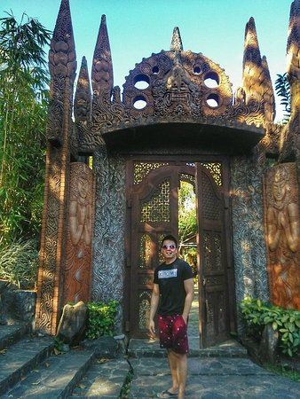 Balete Picture