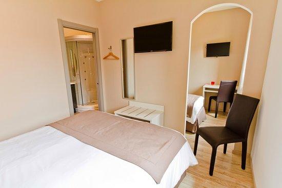 hotel les petits oreillers bewertungen fotos preisvergleich saint martin d 39 ardeche. Black Bedroom Furniture Sets. Home Design Ideas