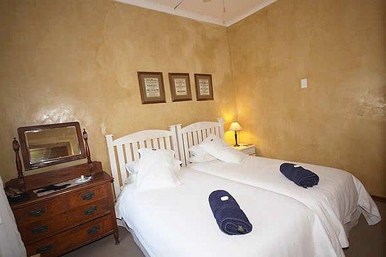 Willowmore, Afrika Selatan: Bedroom of Smaller cottage