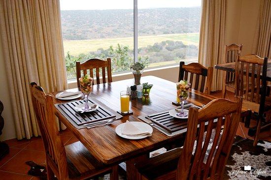 Addo, Sør-Afrika: Breakfast for two.