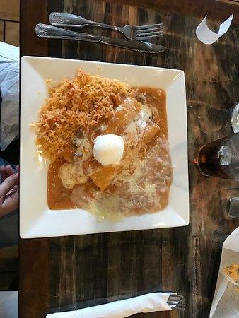 Fontana, Калифорния: lunch
