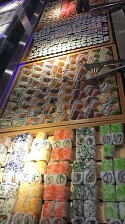 Wok Sushi Star: Sushi Buffet