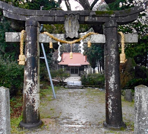 Oshitori Shrine