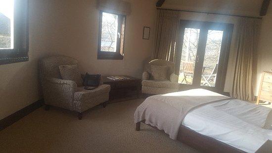 Ardeonaig Hotel: 20180309_163739_large.jpg