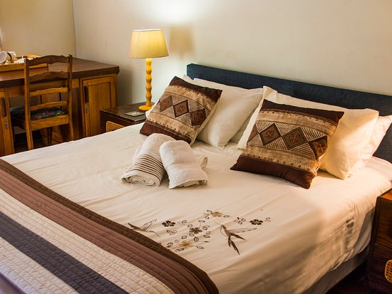 Centurion, South Africa: Double Room (can accommodate 3 people). Seperate entrance.