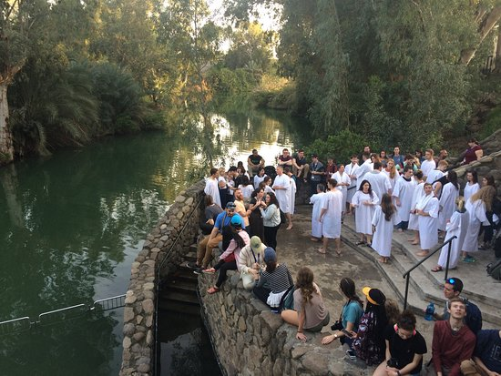 demasiado cubo Sumamente elegante  Baptisms at the Jordan River - Picture of Boker Tours, Tel Aviv ...
