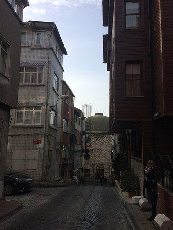 Sokullu Pasa Hotel: вид с улицы