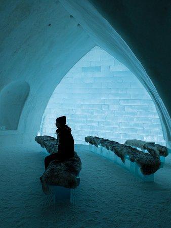 hotel de glace saint gabriel de valcartier canada. Black Bedroom Furniture Sets. Home Design Ideas