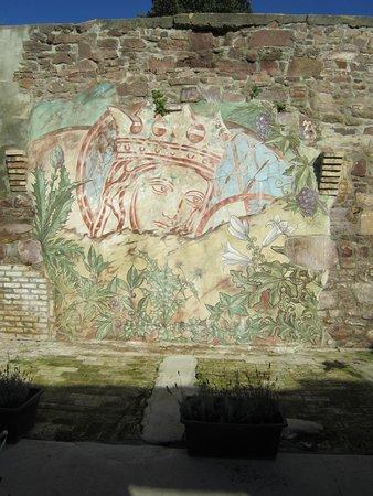 Wettin, Allemagne: Gebäudeteil aus der Templerzeit mit Wandmalerei